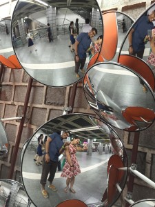 Fun mirror art for silly tourists.