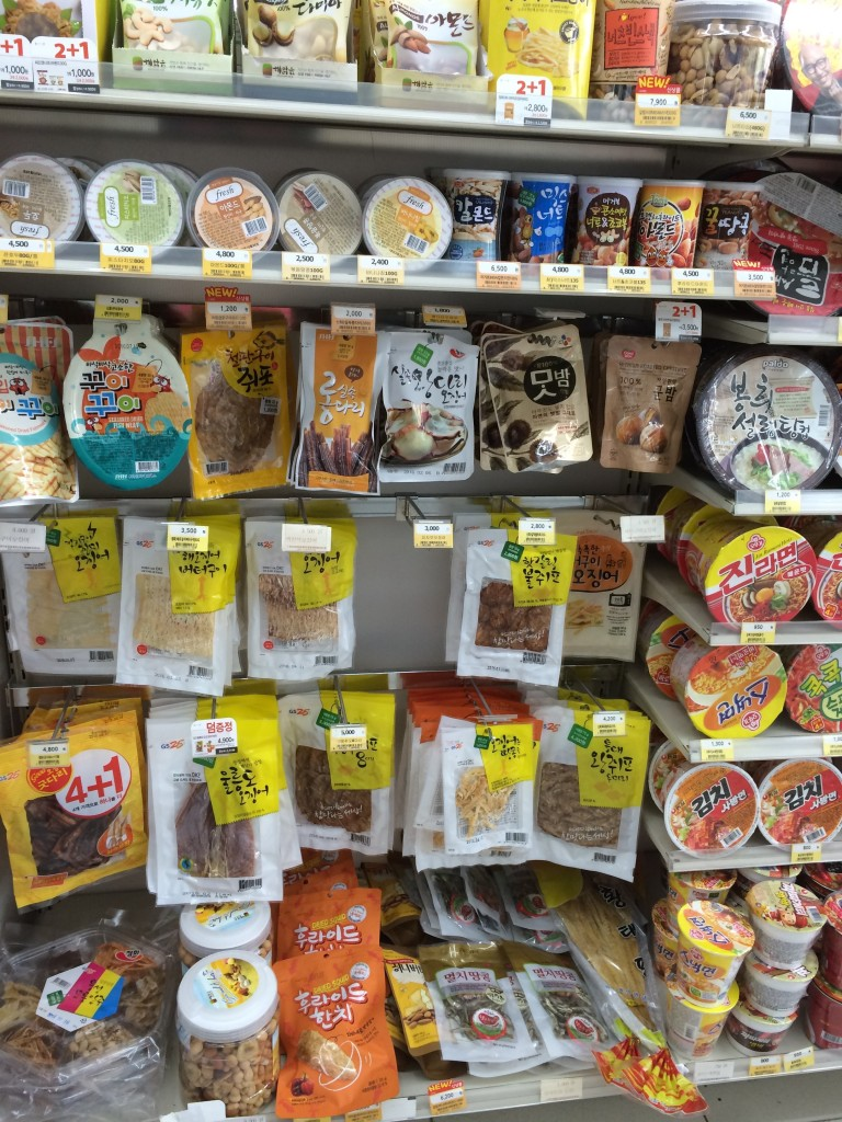 @Daejeon: a sampling of convenience store snacks: seafood theme going strong! Plus lots of ramen, of course.